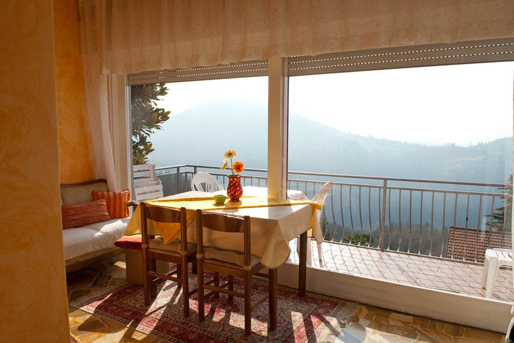 Ferienwohnungen casa rossa ferien am lago maggiore for Lago maggiore casa
